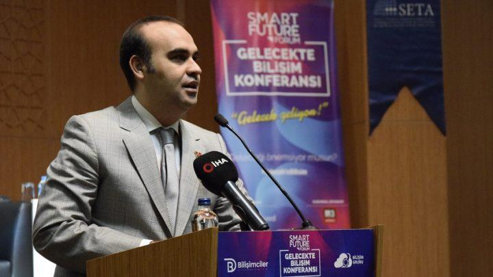 Gelecekte Bilişim Konferansı'nda Geleceğin Teknolojileri Konuşuldu